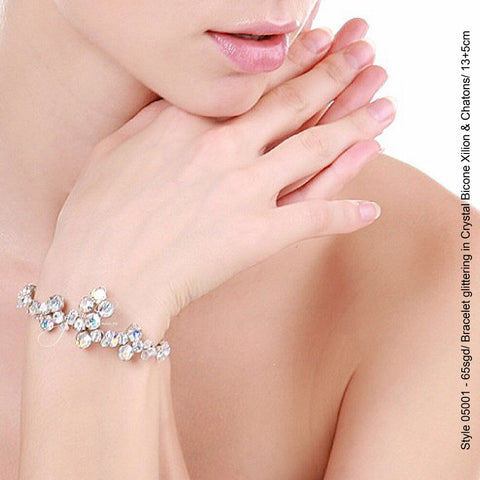 Style 05001 Bracelet with Crystal Xilion Bicone Beads and Crystal Rhinestones from Swarovski®
