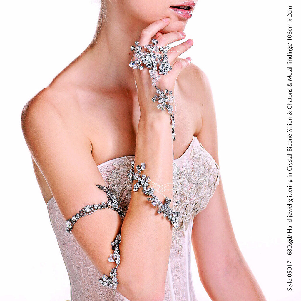 Style 05017 Bridal Accessory Hand Jewel with Crystal Xilion Bicone Beads and Crystal Rhinestones from Swarovski®