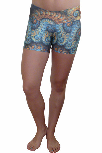 Golden swirl Compression short