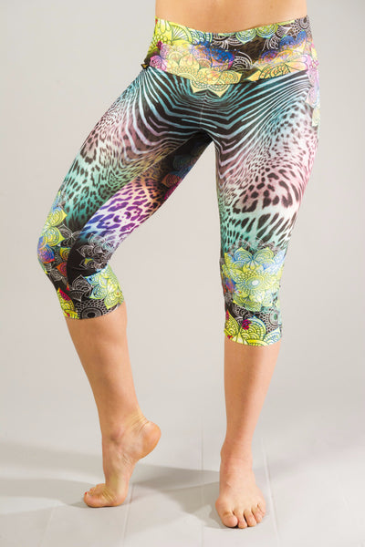 Good Vibes Mandala Compression Capri