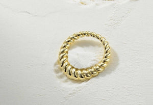 Twisty ring - Marbecs Boutique