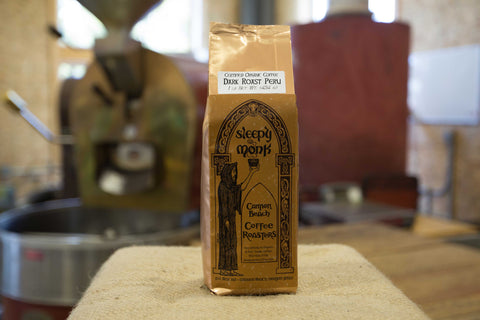This dark roast offers an audacious full-bodied flavor with hints of toasted nut, raw sugar cane, and dark caramel. The complex profile of this bold and rich-tasting coffee makes it a must-try for anyone who loves a unique dark roast.
