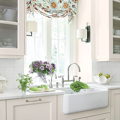 Farmhouse apron sink