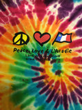 T-Shirt: Unisex Peace Love w Acadian Flag