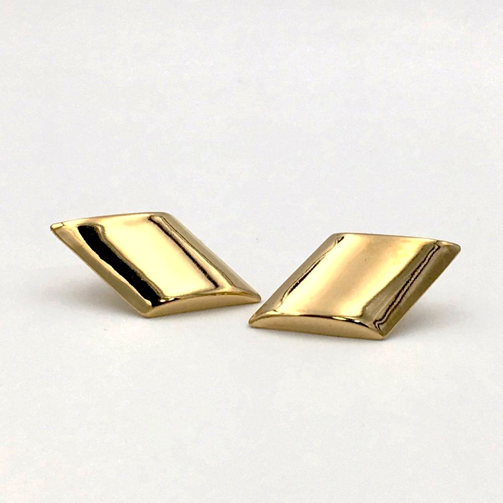 Chic true vintage 1980's gold abstract pierced earrings.