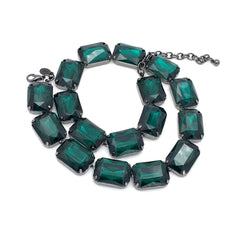 Charming vintage 1960's emerald green cocktail necklace.