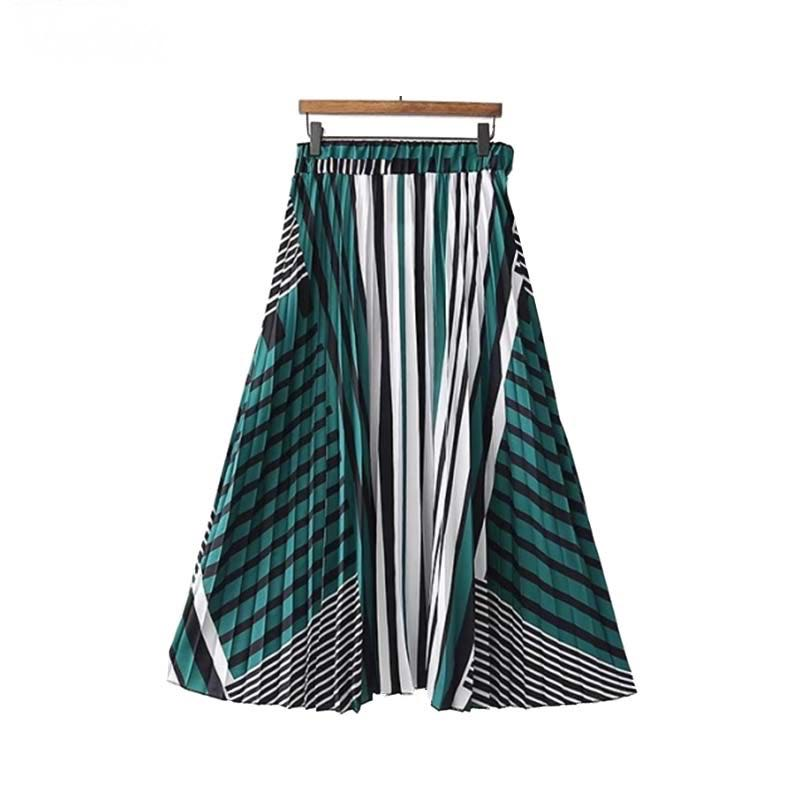 Classic striped a-line pleated midi skirt.