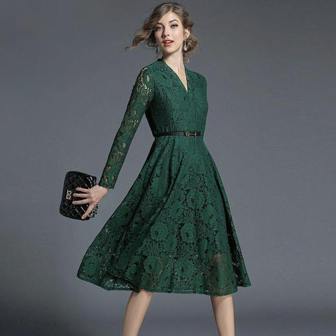 Lovely hunter green lace a-line midi dress with matching belt.