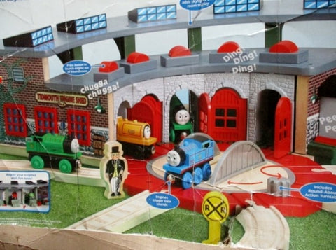 Thomas Friends Train DELUXE ROUNDHOUSE Wooden Railway Set