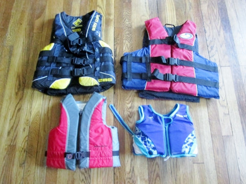 Set 4 Adult + Child Life Jacket Preserver Ski Boarding Boating Vest Flotation Aid BODY GLOVE WEST MARINE +
