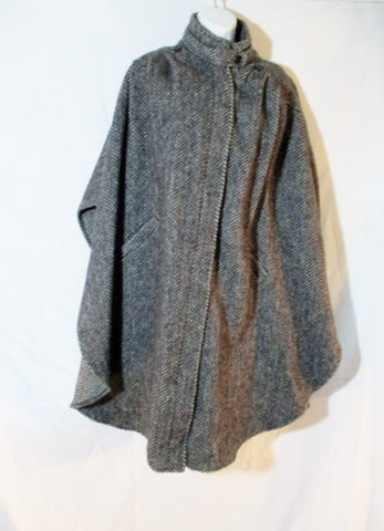 SAXTON-HALL Herringbone Tweed Wool PONCHO CAPE COAT Jacket M GRAY Womens