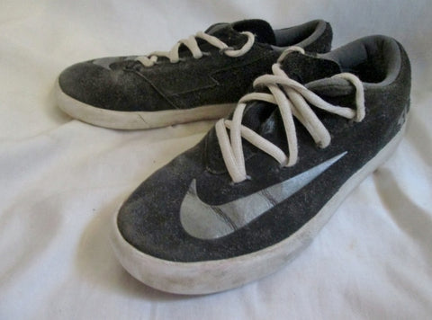 9a0f44e65954 ... Nike KD 642085-001 YOUTH VULC Sneakers 5 Sports Shoe BLACK GRAY Leather  Suede ...