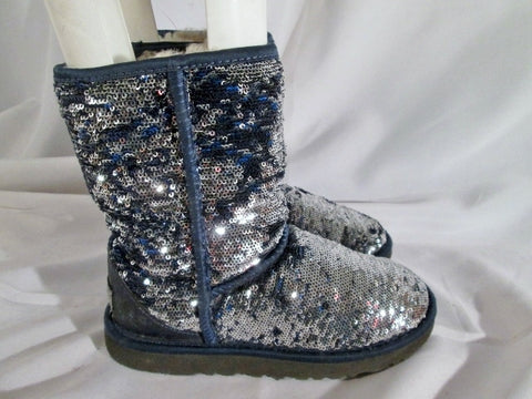 Youth Kids Girls UGG 1002765 CLASSIC SHORT SPARKLE boot BLUE SEQUIN 5 SILVER sheepskin