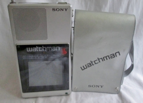 Vintage Portable SONY WATCHMAN FLAT B&W TV MODEL JAPAN FD-40A Case