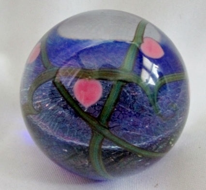 SIGNED ZELLIQUE STUDIO JOE MOREL Art Glass Paperweight GLOBE Heart Shiny 1989 Vintage