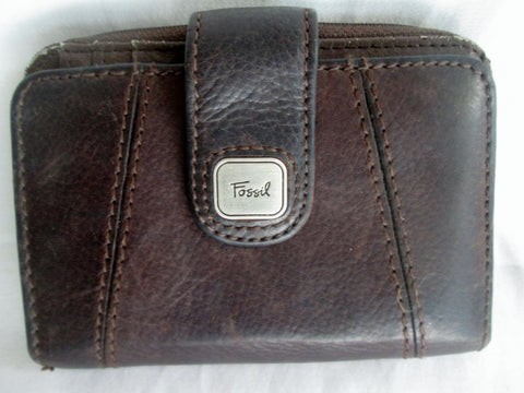 FOSSIL BiFOLD Distressed Leather purse Wallet Organizer Signature BROWN