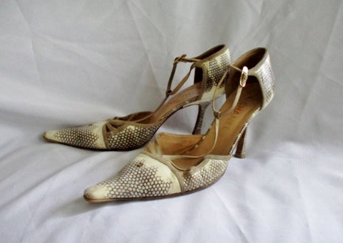 CHANEL FRANCE Pointy Toe Leather Stiletto Sandal SHOE 39.5 9 BEIGE Womens