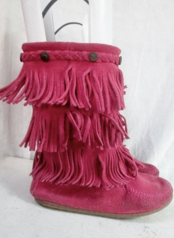 6738613d EUC Girls MINNETONKA Suede Fringe Ankle Boots Booties Moccasin Hippie 3  PINK Shoes
