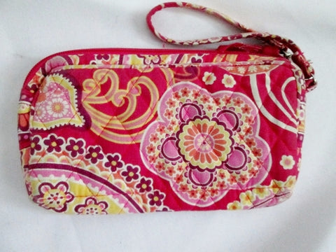 VERA BRADLEY RASPBERRY FIZZ Wristlet Purse Wallet Vegan BERRY PINK RED Clutch Organizer