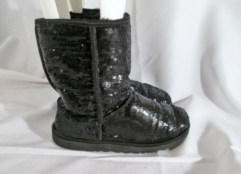 Womens UGG 3161 CLASSIC SHORT SPARKLE boot BLACK SEQUIN 9 SILVER sheepskin