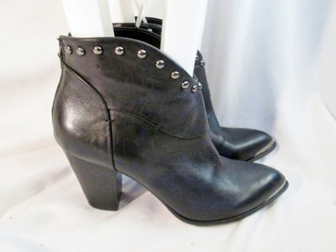Womens B. MAKOWSKY QUINCY Leather Booties Moto Rocker BOOTS Shoes BLACK 8.5