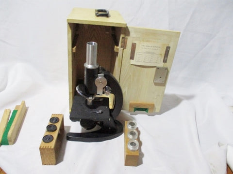 Vintage E-M-E MODEL 900 MICROSCOPE + OCULAR LENSES Wood Box  Original