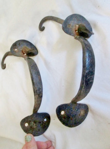Vtg ANTIQUE Set 2 Wrought Cast Iron HARDWARE DOOR HANDLE Rustic Primitive Americana BLACK