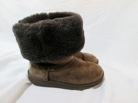 Girls UGG AUSTRALIA 5229 CLASSIC TALL Suede BOOT Shoe BROWN 4 CHOCOLATE Winter