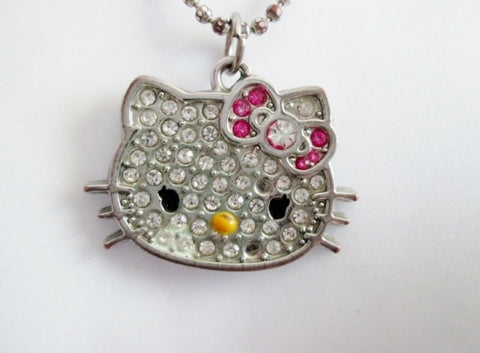Vintage 1976 SANRIO HELLO KITTY PENDANT Rhinestone NECKLACE Choker Silver Statement