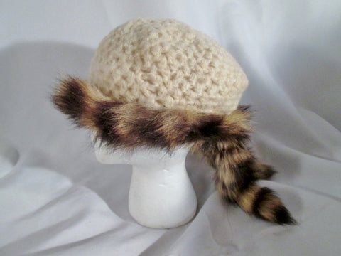 Knit DAVY CROCKETT RACCOON MOUNTAIN MAN Trapper FUR HAT CAP S