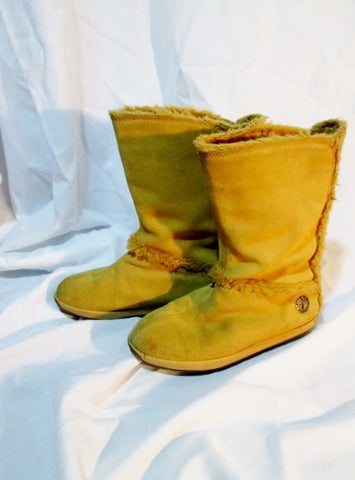 Womens TIMBERLAND Sherpa Mukluk MUKLUK BOOT Shoe 8 NUBUCK WHEAT BROWN