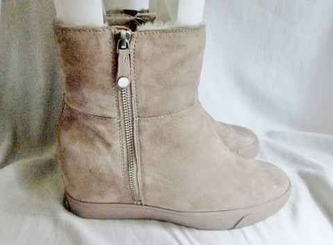 NEW Womens DONNA KARAN DKNY Ankle Boots Booties FRANCE SHEARLING 7.5 TAN BEIGE