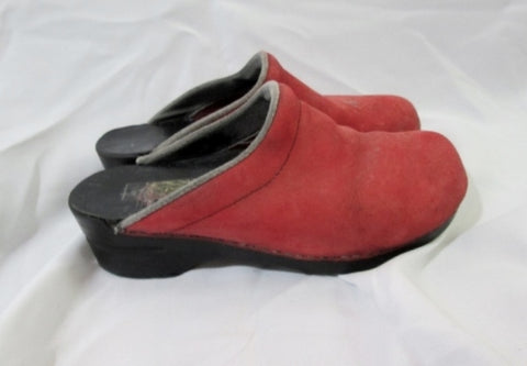 Womens Ladies DANSKO Suede Leather Clogs Shoes Slip-On Mules RED 40 / 9.5