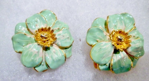 IRWIN PEARL EARRING Set Clip On GOLD Jewelry FLORAL Enamel CHRYSANTHEMUM Flower