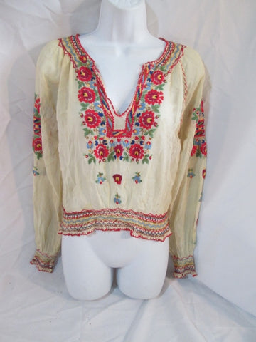 Vintage Womens HUNGARY Hand Embroidered Peasant Top Shirt Boho WHITE Hippy