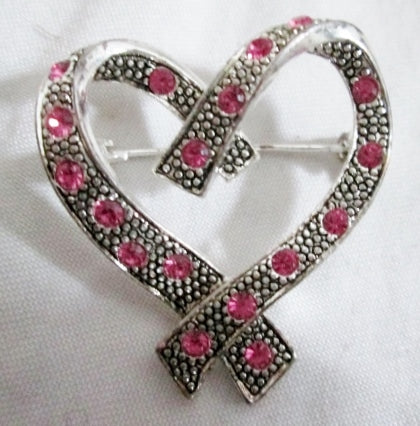 AK ANNE KLEIN SILVER HEART Brooch Pin Pink Stone Ribbon LOVE Soulmate Friend