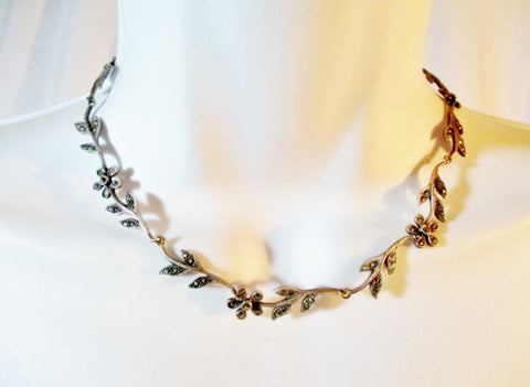 925 STERLING SILVER FLORAL LEAF MARCASITE Necklace Choker Hinged Jewelry