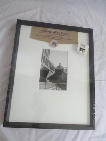NEW NIELSEN & BAINBRIDGE ARCHIVAL GALLERY FRAME Glass Mat Mount Board Art Picture