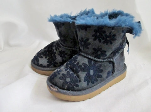 Toddler Kids Girls UGG 1091969T MINI BAILEY BOW FLOWERS SUEDE Boot 7 BLUE