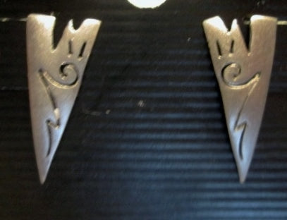 925 STERLING SILVER Pierced Earring LIGHTNING ETHNIC Southwestern FETISH Ethnic Stud TRIANGLE