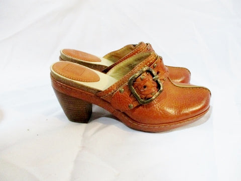 Womens FRYE CANDICE Leather Clog Shoe Slip-On Nail Stud BROWN 6 Mule Buckle