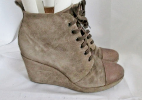 Womens COCLICO HENRI Suede WEDGE Heel Ankle BOOT Bootie 40 / 9.5 BROWN Cap Toe
