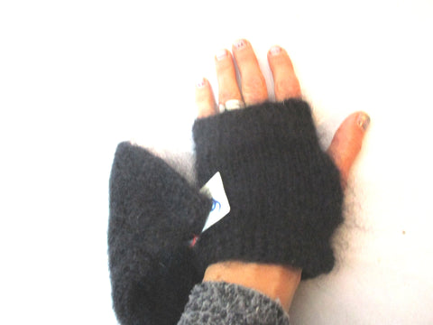 NEW NWT LE MOHAIR DES FERMES DE FRANCE Silk Fingerless Gloves BLACK OS