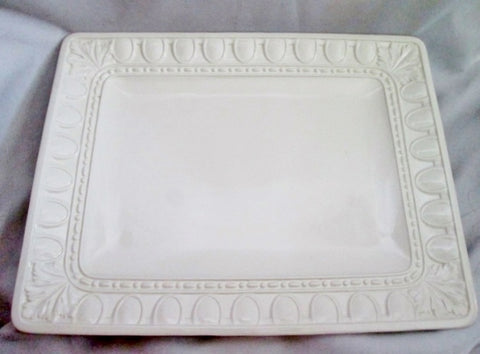 NEUWIRTH ITALY Ceramic Pottery SERVING PLATTER TRAY RECTANGLE LEAF WHITE 18X14