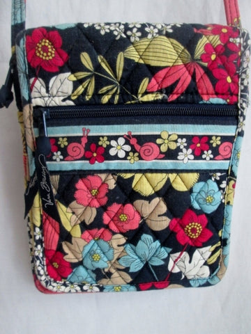 VERA BRADLEY Vegan Crossbody Shoulder Bag Swingpack Pouch BLACK FLORAL Quilted