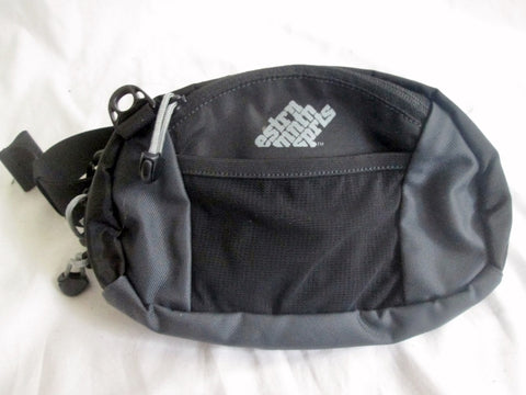 EASTERN MOUNTAIN SPORTS Running Bumbag Fanny Pack Waist Belt Bag BLACK EMS