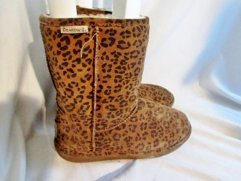 Womens BEARPAW EMMA SHORT LEOPARD Suede BOOTS Sheepskin BROWN 8 Winter