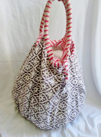 ROBERTA ROLLER RABBIT hobo satchel tote Shoulder bag Vegan Sling FLORAL BATIK