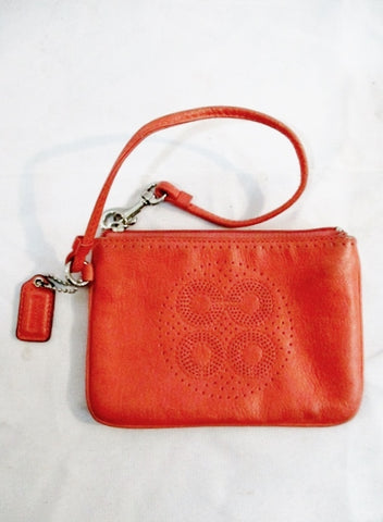 COACH Leather Baguette Wristlet Purse Wallet Clutch CORAL PEACH PINK Wallet