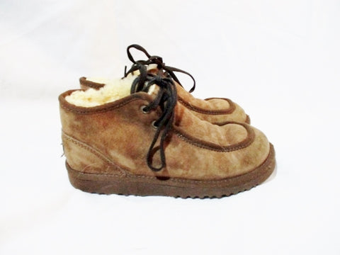 Youth Boys UGG AUSTRALIA WALLABEE 5652 Suede BOOTIES 4 Boot BROWN Shoe